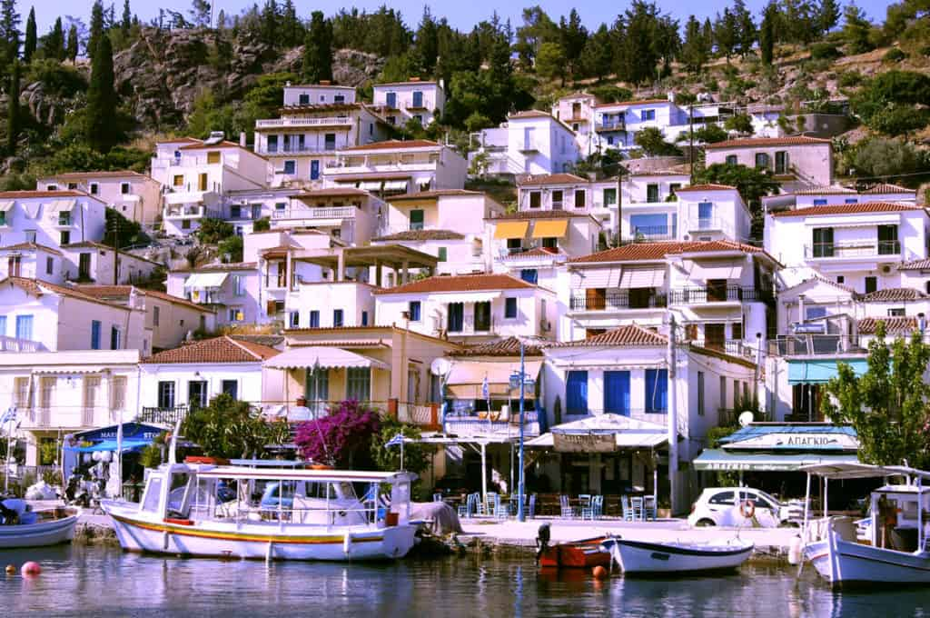 argosaronic charter sailing holidays visiting Poros port