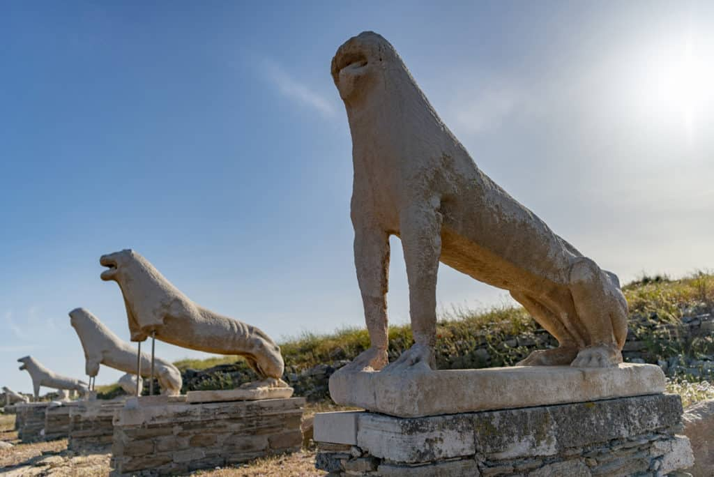 cyclades skippered sailing tour to the ancient greek site of delos near mykonos