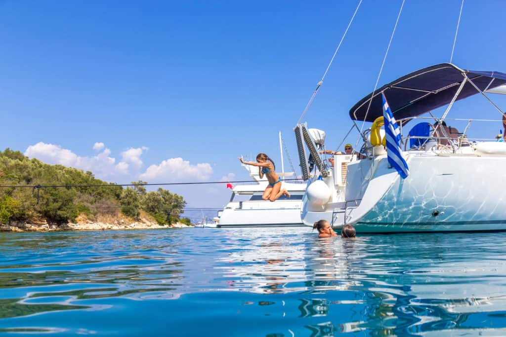 cyclades skippered sailing with charter yachts